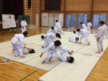 保健体育(武道)の授業